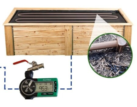 Namakalni sistem s kapljično cevjo in priključkom na vrtno pipo
